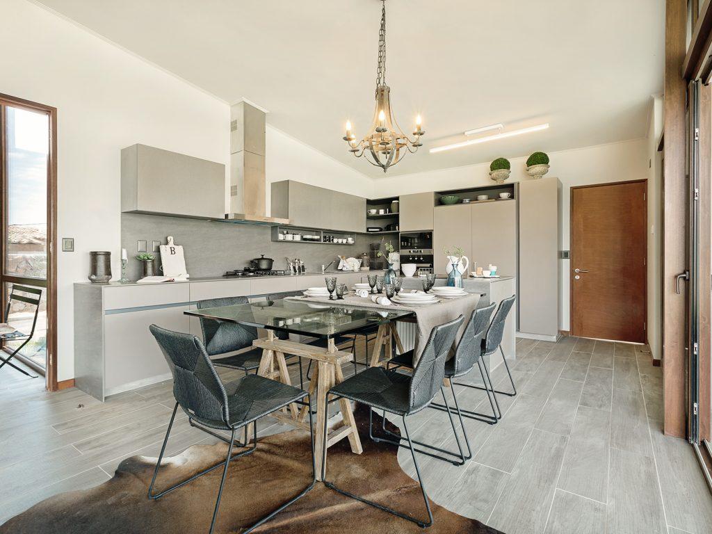 Muebles integrados al look de la casa